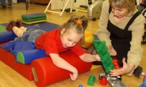 Игровое лечение и реабилитация детей с ДЦП