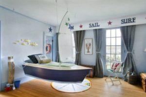 Кроватка в виде кораблика