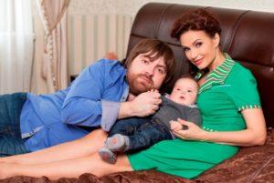 Эвелина Бледанс и ее семья