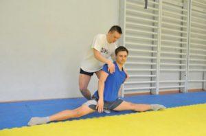 Андрей Войстриков - красивый атлетический парень