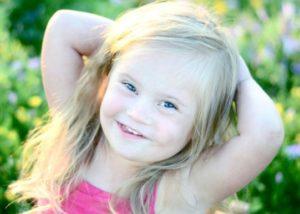 Симпатичная девочка